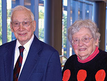 Photo of Al and Jane Looman. Link to their story.